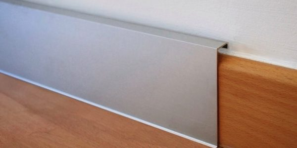 moulding baseboards services canada 1